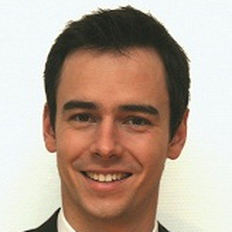 Dr. Sebastian Paris