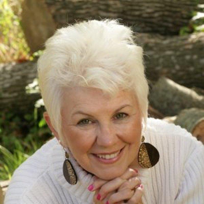 Ms. Linda Meeuwenberg
