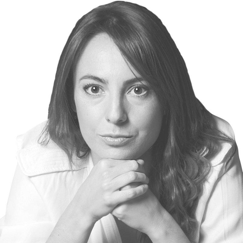 Dr. Anna Salat
