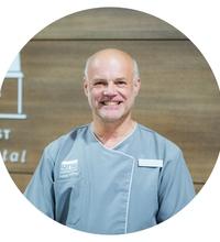 Dr Alan Neve