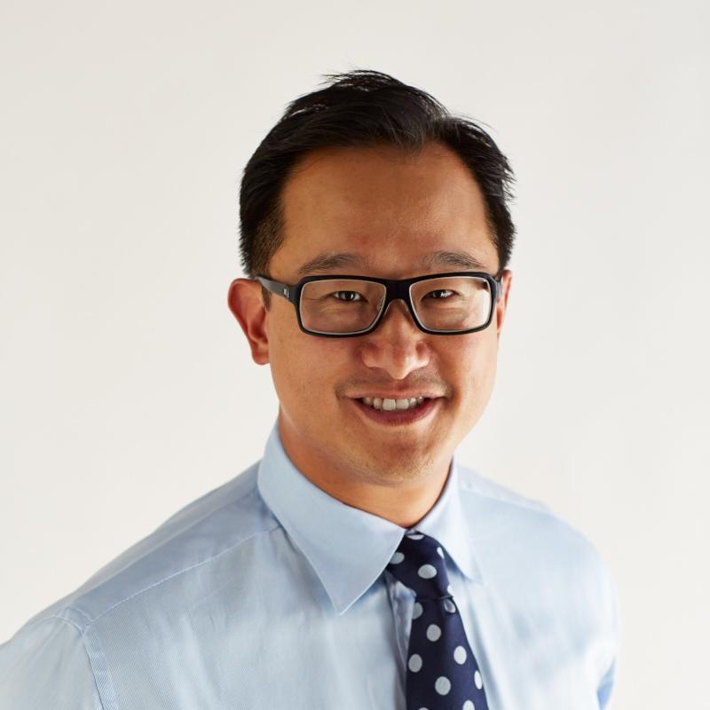 Dr Chris Ho