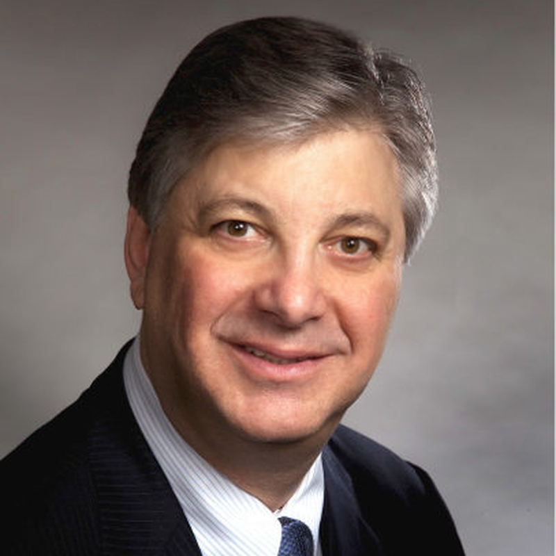 Dr Daniel Pompa