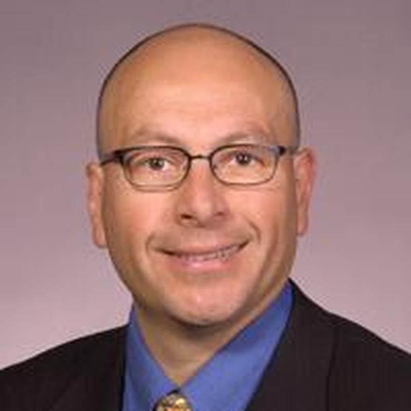 Dr. Marcos Vargas