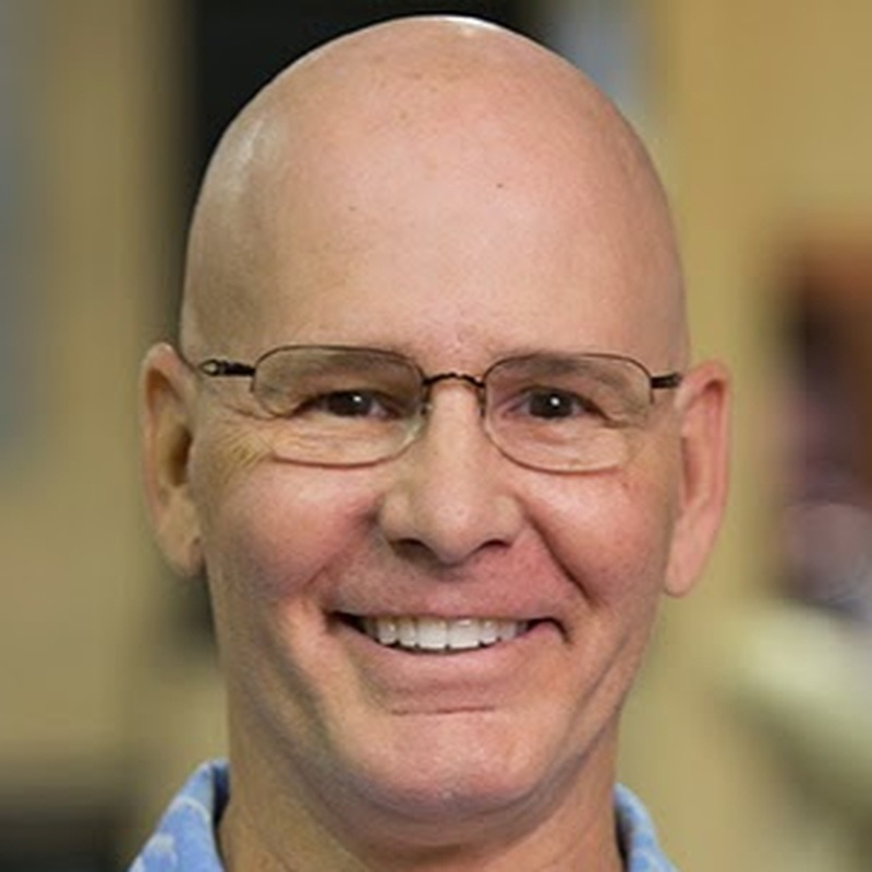 Dr David  Paquette