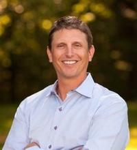 Dr. Chris Carlson