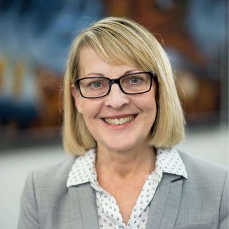 Dr Janet Wallace