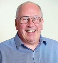 Dr. Andrew Navakas