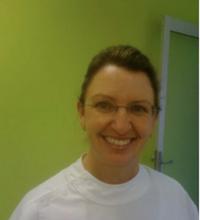 Dr. Elvira Stender