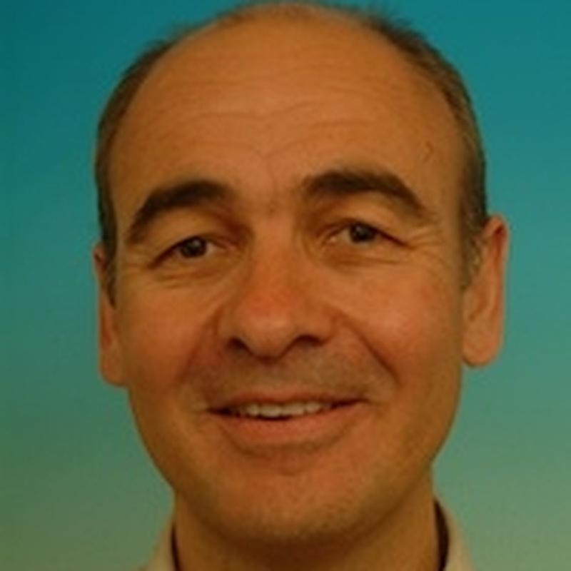 Dr. Vincent Bennani