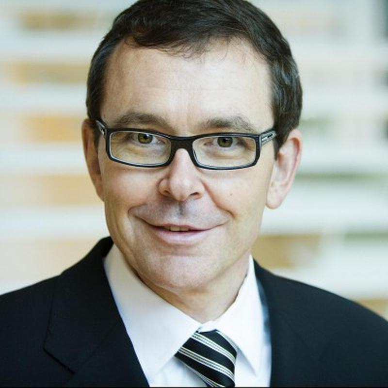 Dr. David Moffet