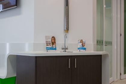 https://d13vnoj51jbatu.cloudfront.net/media/uploaded_files/2018/06/27/Maroondah-Dental-11-270x270_006544f72b32446081273ed24963aedb.jpg